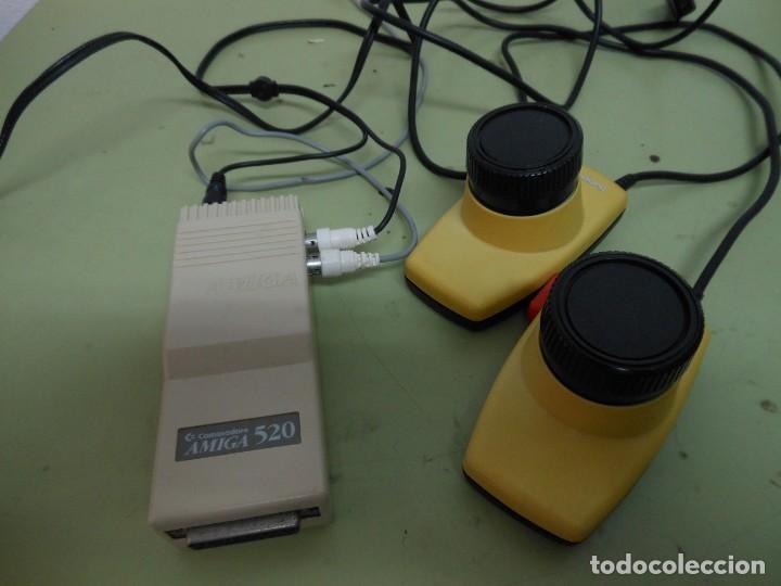 AMIGA A520 MODULADOR RF DE COMMODORE (Antigüedades - Técnicas - Ordenadores hasta 16 bits (anteriores a 1982))