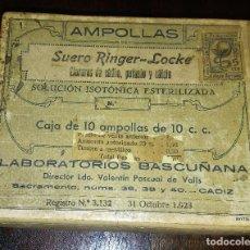 Antigüedades: CAJA 10 AMPOLLAS DE SUERO RINGER - LOCKE, FECHADO 31 DE OCTUBRE 1923, LABORATORIOS BASCUÑANA.. Lote 133210570