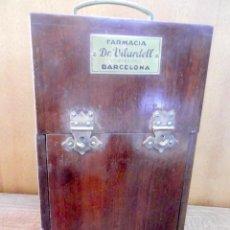 Antigüedades: ANTIGUA CAJA PORTATIL DE SUERO HAYEN DR. VILARDELL. Lote 133245038