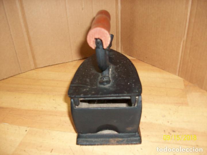 Antigüedades: PLANCHA A CARBON-REPRODUCCION - Foto 3 - 214358523