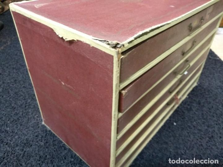 Antigüedades: Caja de hilos de cartón con seis cajones - Foto 3 - 133417338