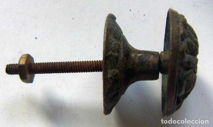 Antigüedades: ANTIGUO TIRADOR PARA MUEBLE DE BRONCE - Foto 2 - 133539602