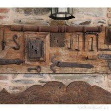 Antigüedades: ANTIGUA COMPOSICIÓN FORJA. Lote 133632074