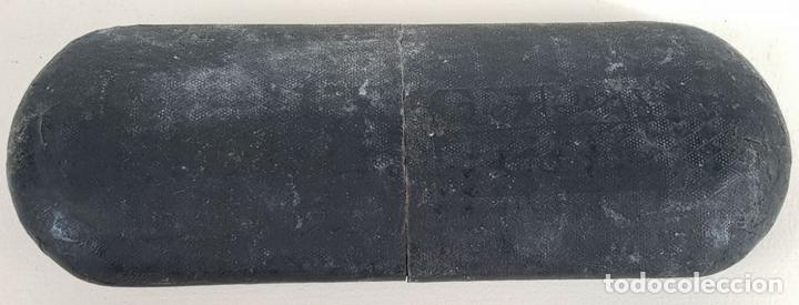 Antigüedades: GAFAS PARA LEER. MONTURA EN METAL CHAPADO. CRISTALES OVALES. SIGLO XX. - Foto 6 - 133634982
