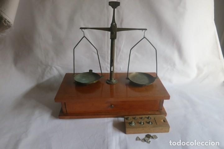 Antigüedades: balanza de farmacia carga de 50 gramos - Foto 3 - 133847010