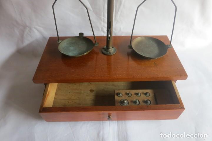 Antigüedades: balanza de farmacia carga de 50 gramos - Foto 5 - 133847010