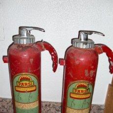 Antigüedades: LOTE DE 2 EXTINTORES PARSI, BARCELONA. 1971. Lote 133900870