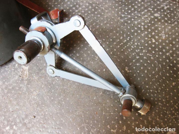 Antigüedades: Curvascopio. Medir el radio de curvas en carreteras y caminos. Valladolid. Inventor Espejo-Saavedra. - Foto 6 - 134040406