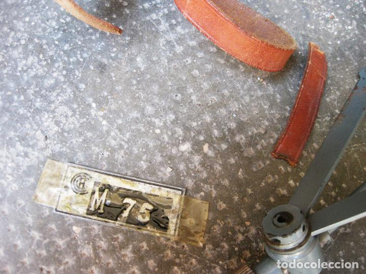 Antigüedades: Curvascopio. Medir el radio de curvas en carreteras y caminos. Valladolid. Inventor Espejo-Saavedra. - Foto 8 - 134040406