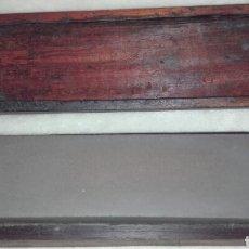 Antigüedades: ANTIGUA PIEDRA DE AFILAR EN CAJA DE MADERA. Lote 134103906