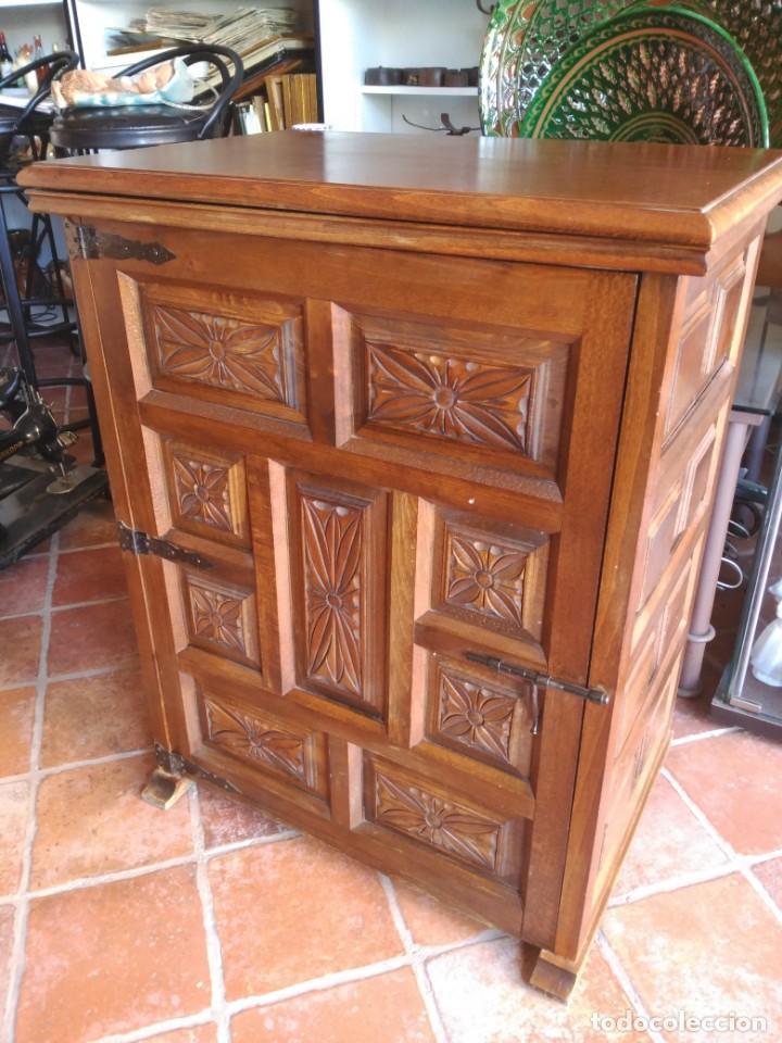 Antigüedades: Maquina de coser Alfa modelo 80 con mueble - Foto 6 - 134117310