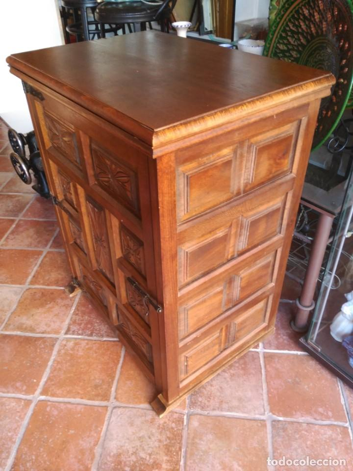 Antigüedades: Maquina de coser Alfa modelo 80 con mueble - Foto 7 - 134117310