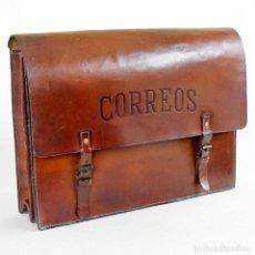 Antigüedades: ANTIGUA CARTERA CUERO DE CARTERO CORREOS. EXCELENTE. Lote 134222550