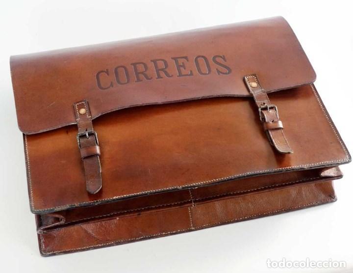 Antiquitäten: ANTIGUA CARTERA CUERO DE CARTERO CORREOS. EXCELENTE - Foto 2 - 134222550