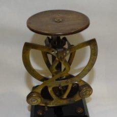 Antigüedades: BALANZA PESA CARTAS BILATERAL COLUMBUS- PESO HASTA 100 GR.. Lote 134286174