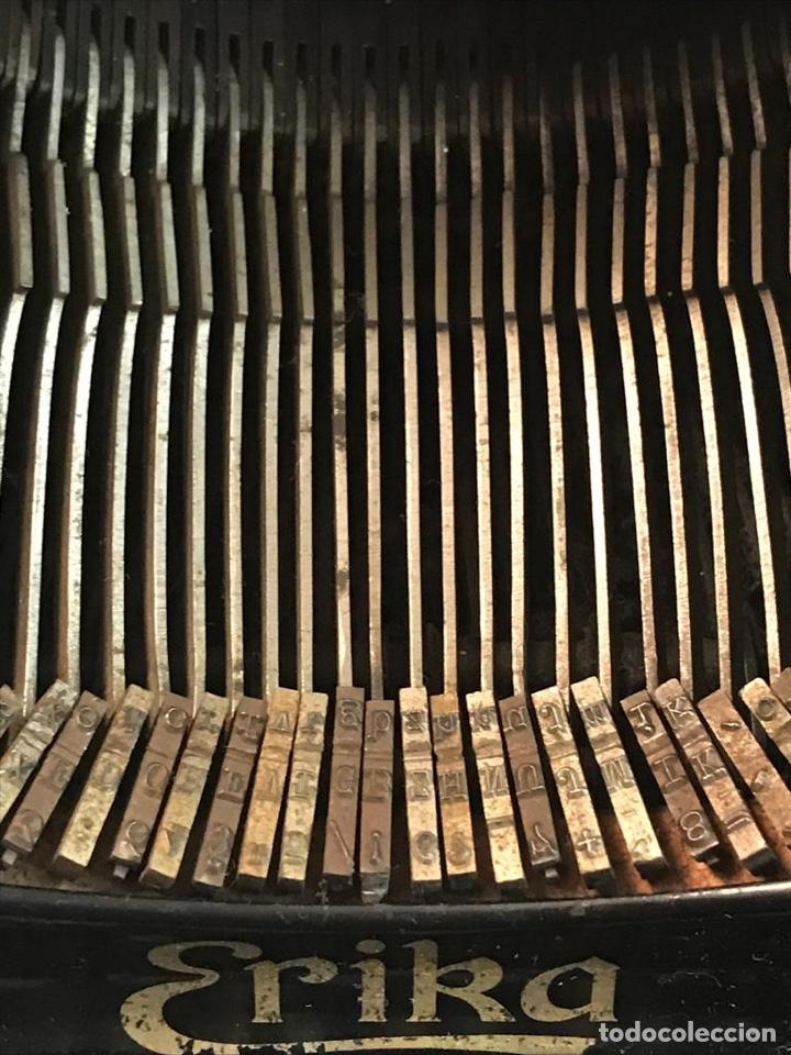 Antigüedades: Antigua máquina de escribir Erika - Foto 4 - 134433123
