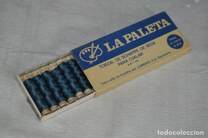 ANTIGUA CAJA DE HILOS LA PALETA - COMPLETA - SEDA - COLOR Nº 2739 - VINTAGE - ENVÍO24H (Antigüedades - Técnicas - Máquinas de Coser Antiguas - Complementos)