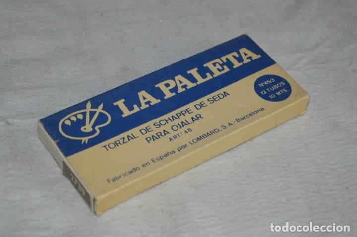 Antigüedades: ANTIGUA CAJA DE HILOS LA PALETA - COMPLETA - SEDA - COLOR Nº 2739 - VINTAGE - ENVÍO24H - Foto 2 - 134982810