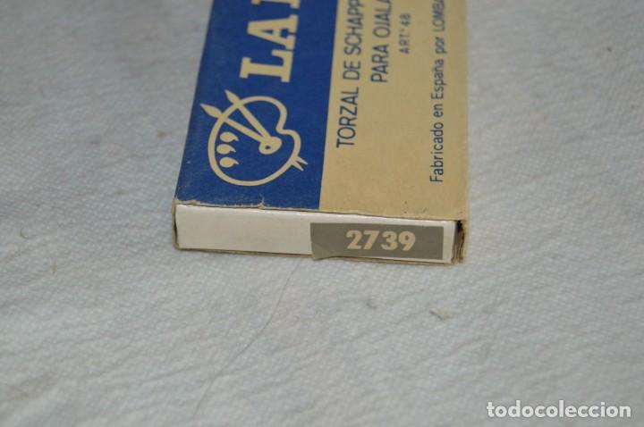 Antigüedades: ANTIGUA CAJA DE HILOS LA PALETA - COMPLETA - SEDA - COLOR Nº 2739 - VINTAGE - ENVÍO24H - Foto 3 - 134982810