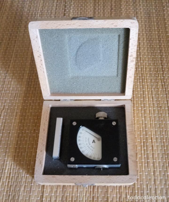 CALIBRADOR DE PRECISION BAXLO - DIN 53505 - CAJA MADERA - FUNCIONA (Antigüedades - Técnicas - Herramientas Profesionales - Mecánica)