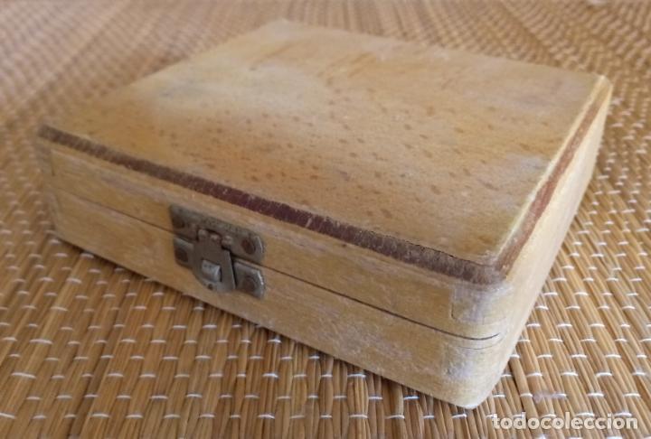 Antigüedades: CALIBRADOR DE PRECISION BAXLO - DIN 53505 - CAJA MADERA - FUNCIONA - Foto 4 - 134988066