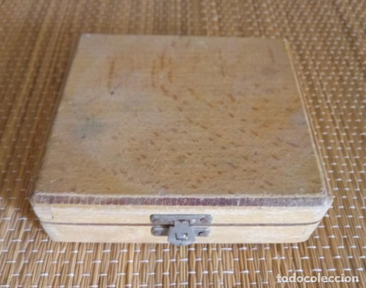 Antigüedades: CALIBRADOR DE PRECISION BAXLO - DIN 53505 - CAJA MADERA - FUNCIONA - Foto 5 - 134988066