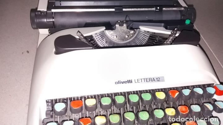 Antigüedades: Máquina de escribir OLIVETI lettera 12 spain en PERFECTO ESTADO maletín - Foto 7 - 135282910