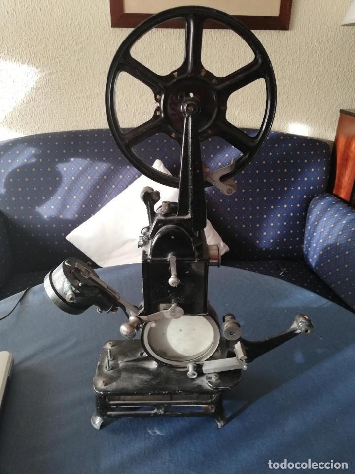 PROYECTOR PATHÉ BABY (Antigüedades - Técnicas - Aparatos de Cine Antiguo - Proyectores Antiguos)