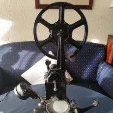 Antigüedades: PROYECTOR PATHÉ BABY. Lote 135519770
