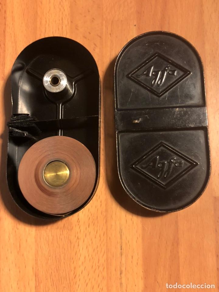 Antigüedades: Chasis cargador cartucho de hojalata para película Agfa - Foto 3 - 135525074