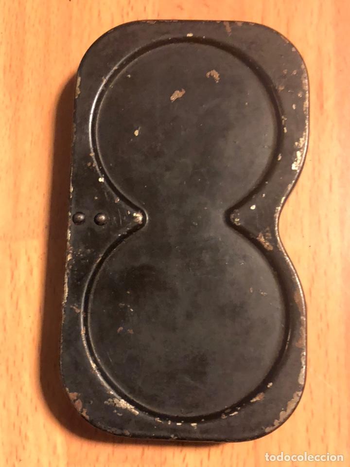 Antigüedades: Chasis cargador de película de cámara Pathe baby - Foto 2 - 135526230