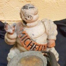 Antigüedades: ANTIGUO Y ORIGINAL COMPRESOR MICHELIN DE HIERRO. Lote 135601702