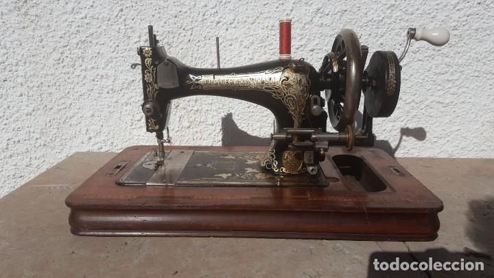 MAQUINA DE COSER ANTIGUA FRISTER & ROSSMAN (Antigüedades - Técnicas - Máquinas de Coser Antiguas - Frister & Rossmann)