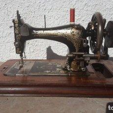 Antigüedades: MAQUINA DE COSER ANTIGUA FRISTER & ROSSMAN. Lote 135605650