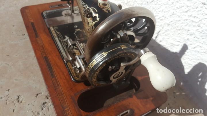 Antigüedades: Maquina de coser Antigua Frister & Rossman - Foto 7 - 135605650