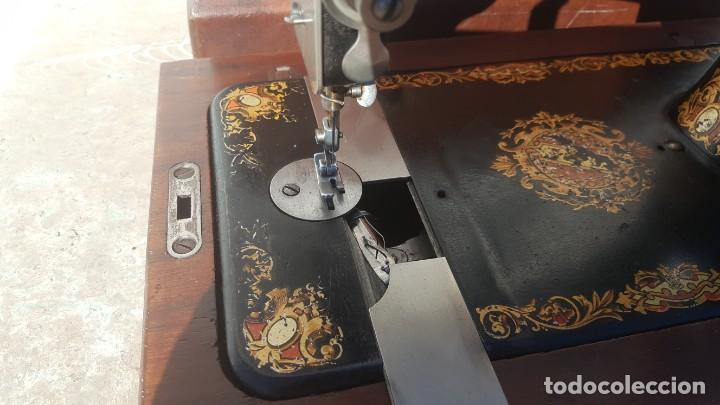 Antiquitäten: Maquina de coser Antigua Jones - Foto 8 - 135605878
