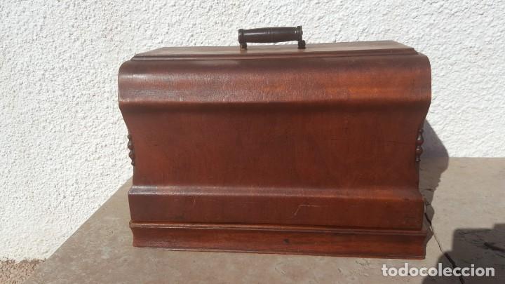 Antiquitäten: Maquina de coser Antigua Jones - Foto 10 - 135605878