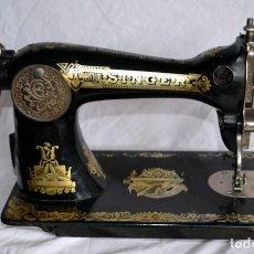 Antigüedades: ANTIGUA MAQUINA DE COSER SINGER. Lote 135816190
