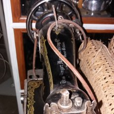 Antigüedades: MAQUINA COSER SINGER CABEZAL. ESTADO IMPECABLE. Lote 135814058