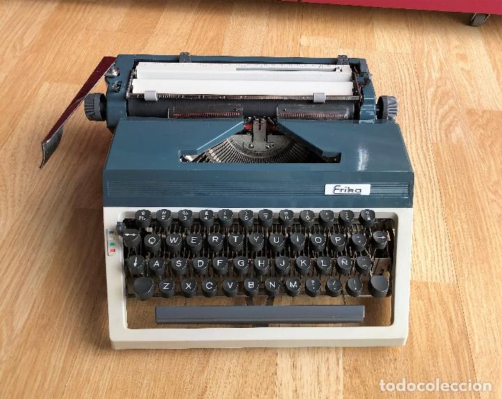 Antigüedades: Maquina de escribir Erika , con su Maletín de transporte. - Foto 3 - 120039403