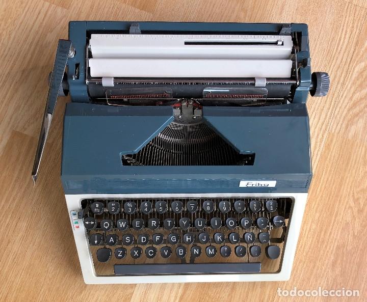 Antigüedades: Maquina de escribir Erika , con su Maletín de transporte. - Foto 7 - 120039403
