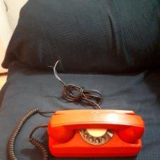 Teléfonos: RARO Y CURIOSO TELÉFONO ROJO AÑOS 70 MEZCLA GONDOLA Y HERALDO DE SOBREMESA. Lote 136303938
