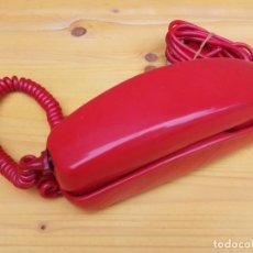 Teléfonos: TELEFONO GONDOLA ROJO DE SOBREMESA. Lote 136358310