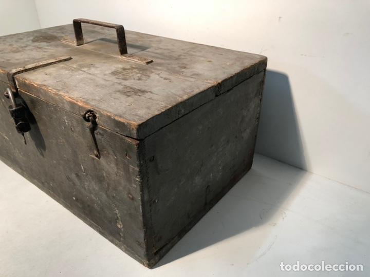 Antigüedades: CAJA DE HERRAMIENTAS DE MADERA ANTIGUA. - Foto 4 - 136377366