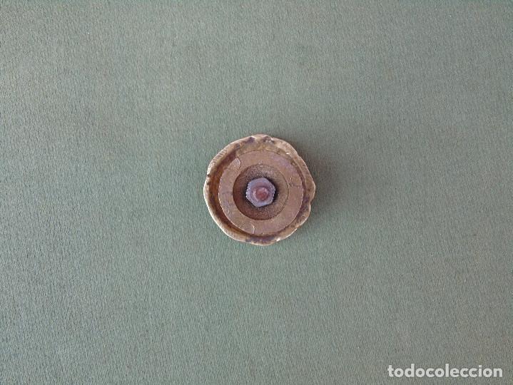 Antigüedades: ANTIGUO TIRADOR, POMO PEQUEÑO DE BRONCE, CON EMBELLECEDOR. 3,5CM - Foto 3 - 136398562