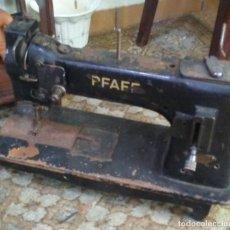 Antigüedades: MAQUINA DE COSER PFAFF. Lote 136552402
