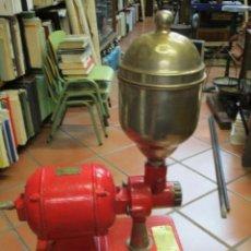Antigüedades: ANTIGUO MOLINO ELECTRICO DE CAFE, DE MOSTRADOR TIENDA ' FERIN' FUNCIONANDO 150V, OPERTIVO LIMPIO +. Lote 136632990
