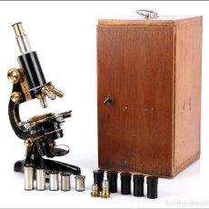 Antigüedades: GRAN MICROSCOPIO SEIBERT ANTIGUO EN EXCELENTE ESTADO Y SÚPER COMPLETO. ALEMANIA 1920. Lote 136691098