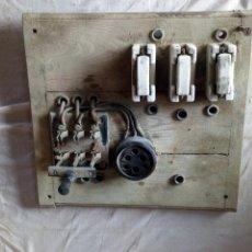 Antigüedades: ANTIGUO CUADRO ELECTRICO. Lote 136793086