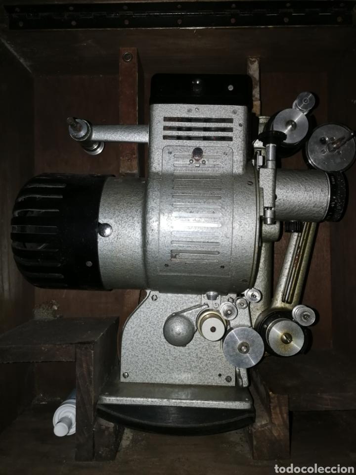 Antigüedades: Proyector de cine 16mm - Foto 4 - 136980526
